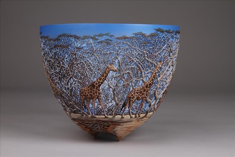 hand_carved_wooden_bowls_by_gordon_pembridge_1