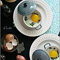 Œufs cocotte aux épinards, chèvre frais & huile de truffe noire
