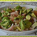 Salade aux crevettes, avocat et pamplemousse