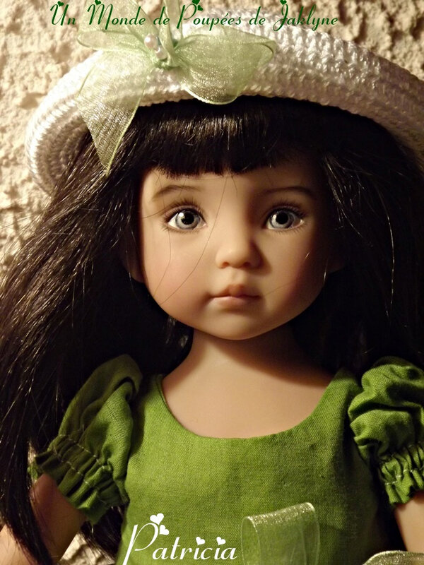 verte 2 yeux bleues Patricia