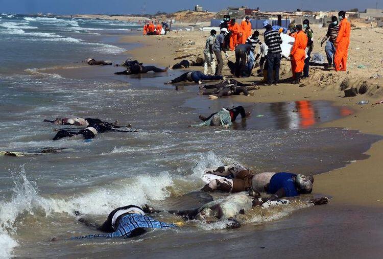 MORT DES IMMIGRANTS AFRICAINS A LAMPEDUSA EN ITALIE
