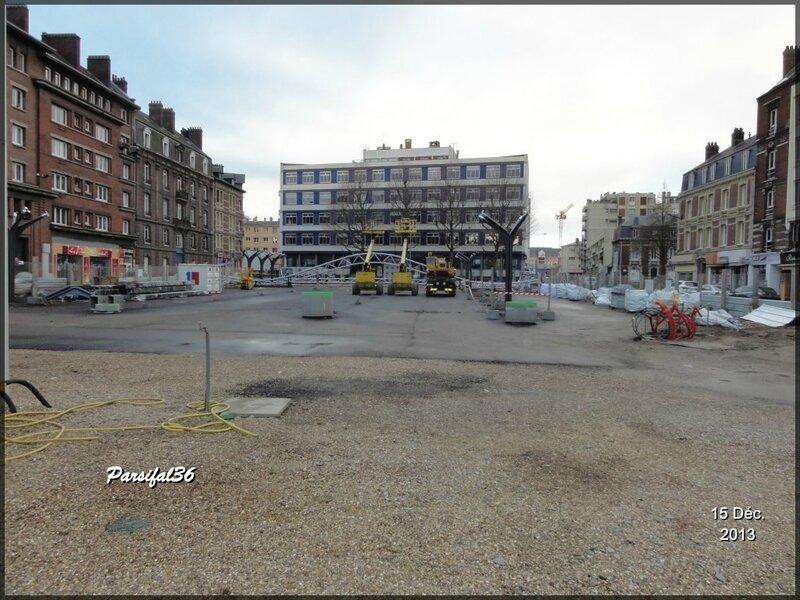 Rouen Place des Emumrées
