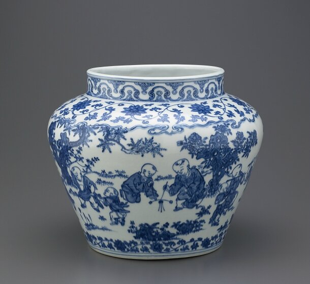 Blue-and-White Jar of guan shape, Jiajing mark and period (1522-1566) , Ming dynasty (1368 – 1644)