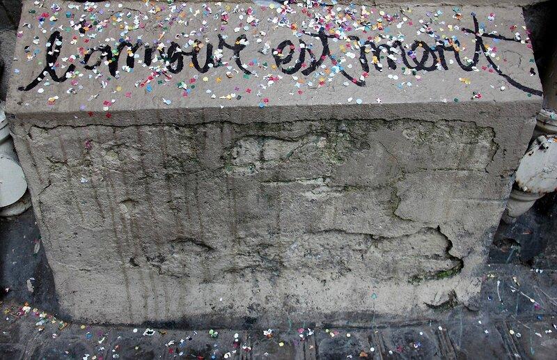 3-L'amour est mort, conffettis_6844