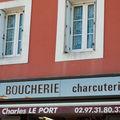 Charles le port belle île en mer vitrine magasin boucherie