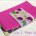 trousse double en skaï rose