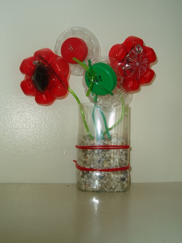 Fleurs En Plastique De Bouteille fleurs non-périssables (bouchons et fonds de bouteilles plastiques
