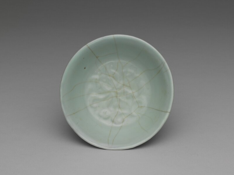 Brush washer with lotus-petal design in celadon glaze, Guan ware, Southern Song dynasty, 12th-13th century