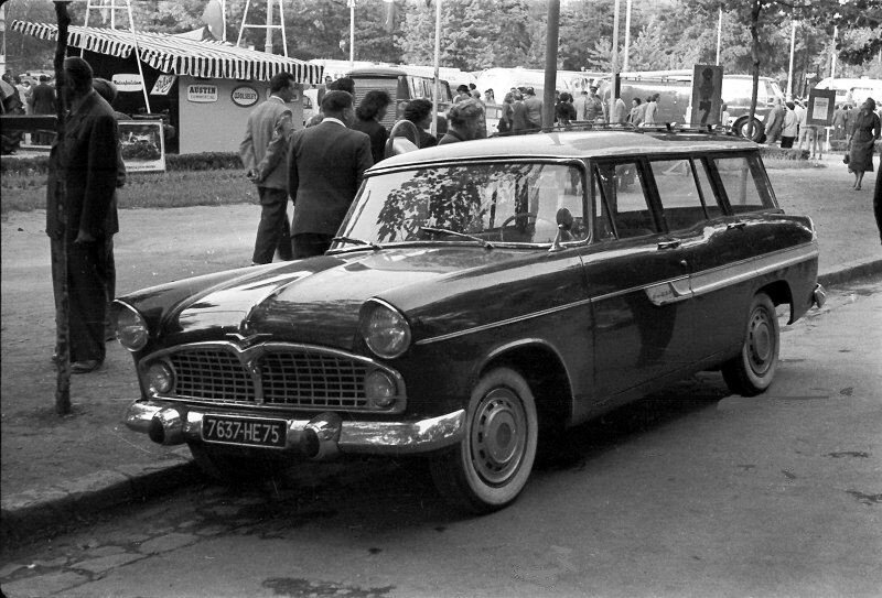 Simca_vedette_marly_1961
