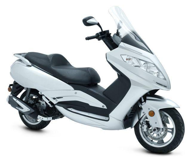 scooter 125cc razzo steed norauto. Black Bedroom Furniture Sets. Home Design Ideas