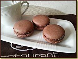 MACARONS CHOCOLAT PRALINE