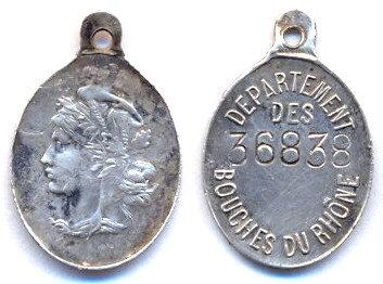médaille enfant, ici des Bouches-du-Rhône