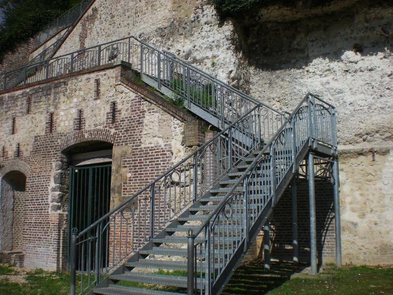 Stunning Escalier Metallique Jardin Images - House Design ...