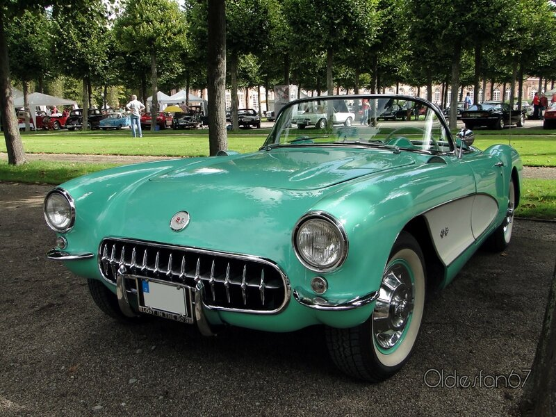 chevrolet-corvette-convertible-roadster-1956-1957-a