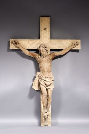 beau_et_important_christ_en_noyer_sculpte_1305883089211468