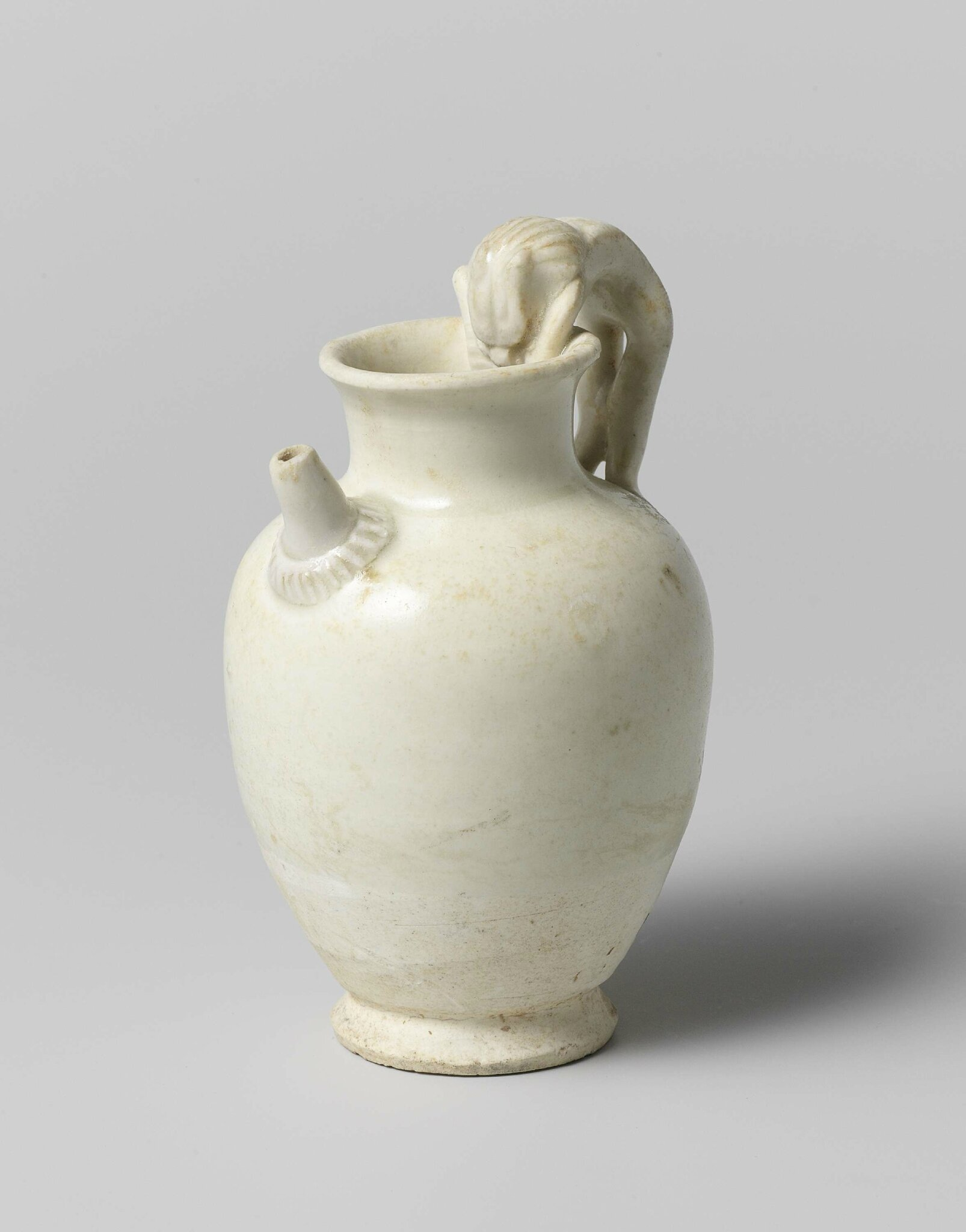 Vase with handle in the form of a lion, Tang dynasty, 618-907