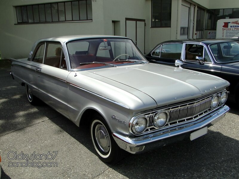 mercury-comet-s22-2door-sedan-1962-01