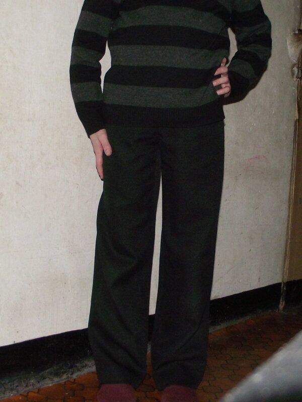 Pantalon noir Burda 9781