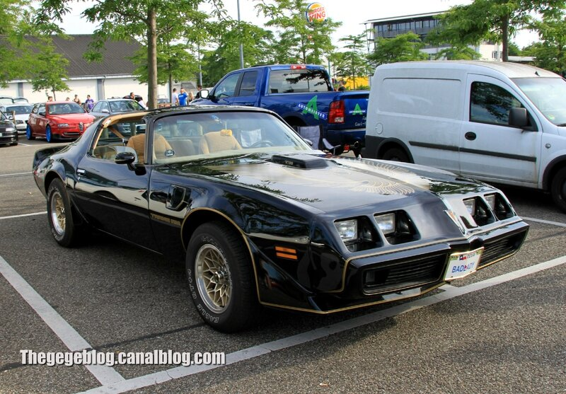Pontiac trans am (Rencard Burger King juin 2014) 03