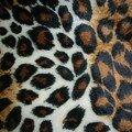 reste 1 : fausse fourrure leopard