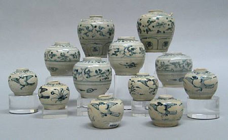 A selection of twelve blue and white jars and jarlets. Late 15th