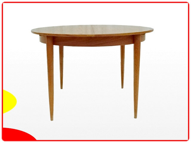 Table ronde vintage scandinave