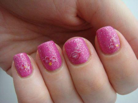 Nail art coeur 1