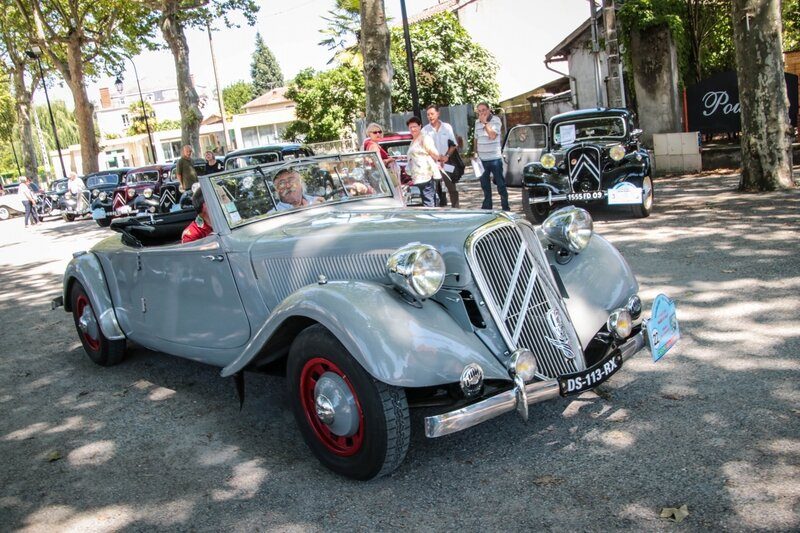 Traction Avant 15 - 6 cabriolet