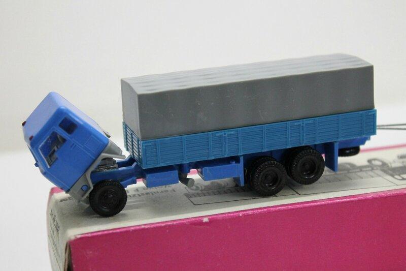 #113-Volvo F88 (2)
