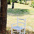 La petite chaise blanche!