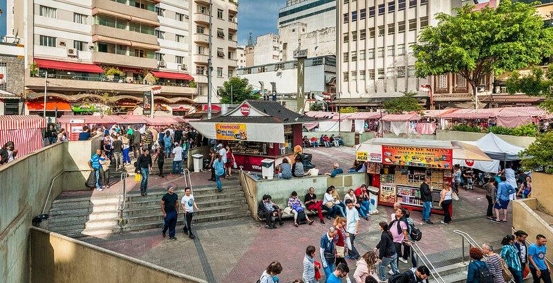 Libertade_Japonese_town_of_São_Paulo_city