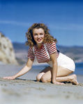 1945_beach_sitting_striped_shirt_mmad115