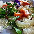 Salade de fenouil tiède, saumon fumé au fromage frais, segments de pamplemousse