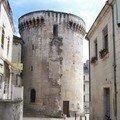 TOUR MATAGUERRE seule rescapée des 28 tours qui centuraient le bourg médival du Puy du Front du XII au XIVe siècle