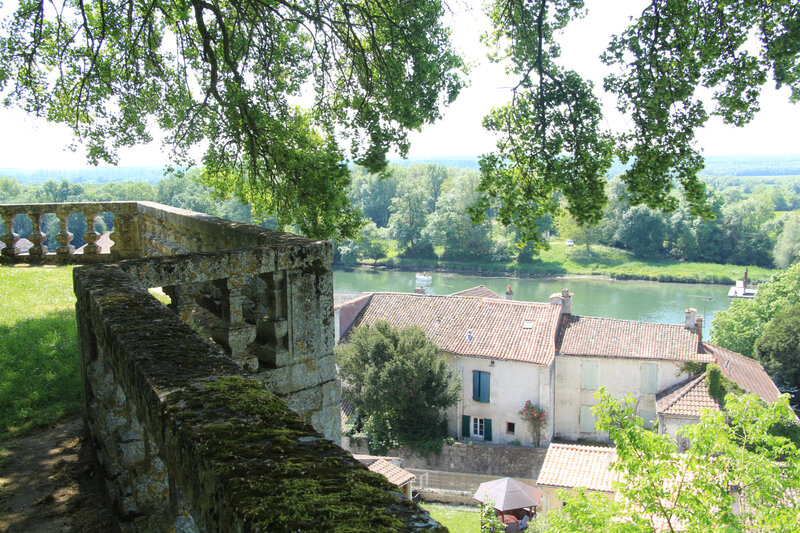 Taillebourg00010