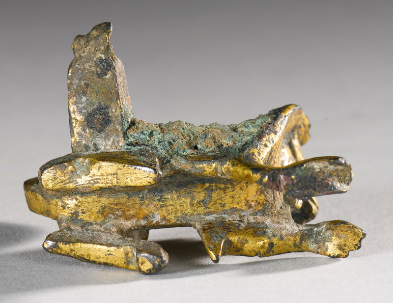 A small gilt-bronze lion, Northern Wei dynasty3