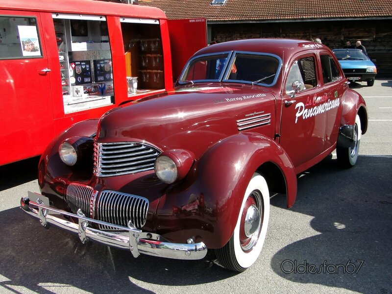 graham-hollywood-supercharged-1940-1941-a