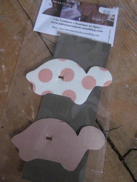 Carte de 2 pinces à cheveux TORTUE - une en coton blanc à pois rose - l'une en soie beige rosé (1)