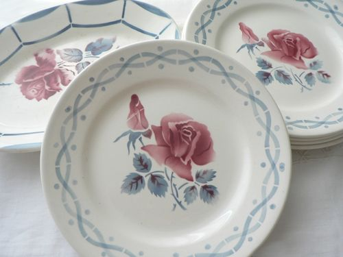 Ravier Malmaison 21 cm et petites assiettes Janine diamètre 18 cm