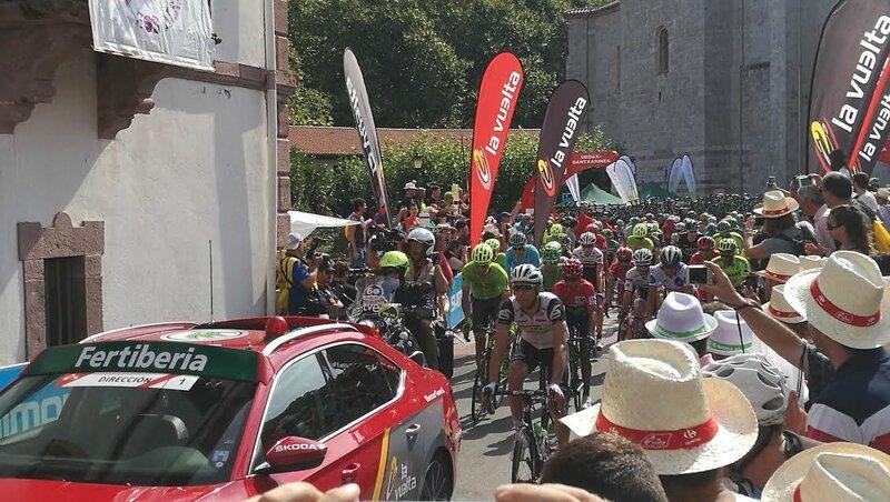 Urdax, départ de la Vuelta 2016, sur la ligne