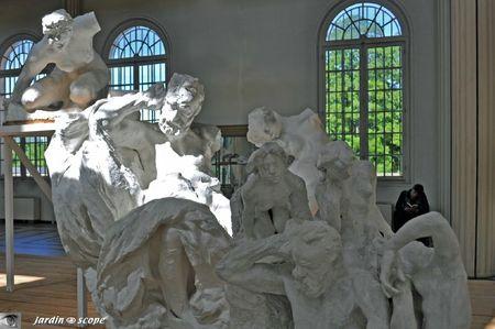 Le Monument à Victor Hugo