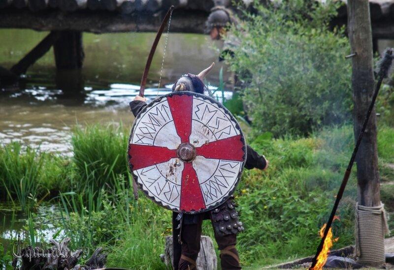 Vikings poursuivant saint Philibert et ses moines (4)