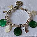 Bracelet chaîne argent massif maille marine, médailles en nacre gravées, breloques en argent massif et en nacre