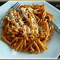 Gratin de macaronis au poulet, sauce tomates