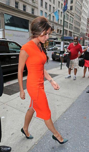 Victoria-Beckham-lors-de-la-Fashion-s-Night-Out-de-New-York-le-6-septembre-2012_portrait_w674