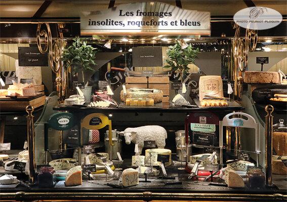 BUFFET_aux_fromages_insolites_Roqueforts_et_bleus