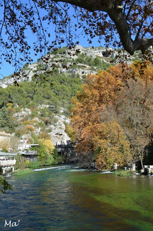 151029_Fontaine_Vaucluse2