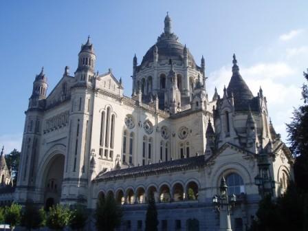 Lisieux - Basilique Sainte Therese