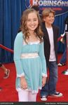 rachael_fox_meet_the_robinsons_world_premiere_1edwiG