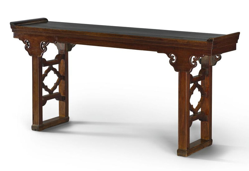 A rare huanghuali altar table, qiaotouan, Qing dynasty, early 18th century